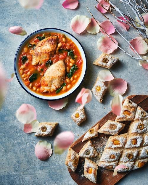 フレッシュトマトと魚のサッと煮シチュー、カスレ風|30分以内に完成|あっさりトマトと豆の煮込み