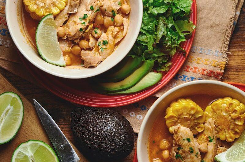 メキシカンなチキンスープ、ポソレ風