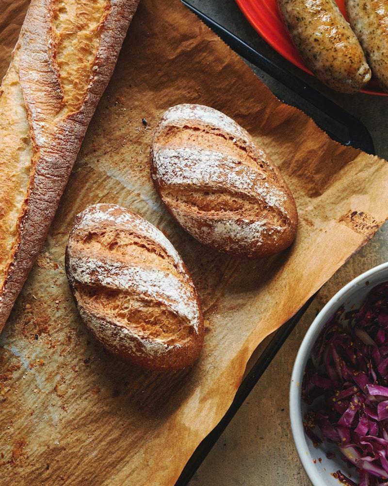 サワー種なしで焼く、簡単ライ麦パン